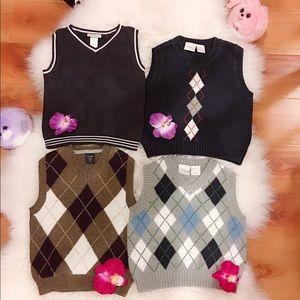 Other - bundle of 4pcs sweater vest